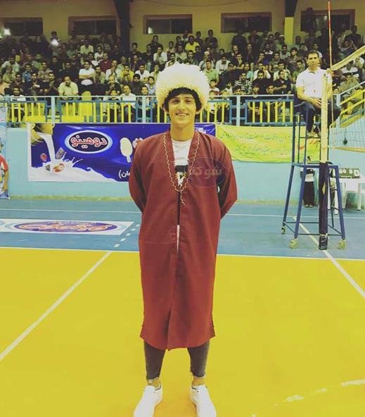 بیوگرافی سردار آزمون در لباس ترکمن