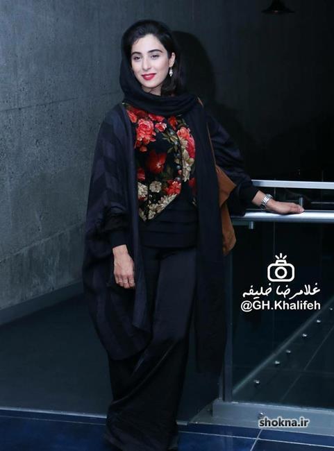 بیوگرافی آناهیتا افشار,عکس آناهیتا افشار با مانتو جلو باز