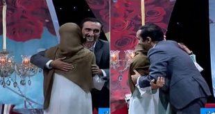 فیلم بغل کردن نیما کریمی و همسرش در برنامه زنده