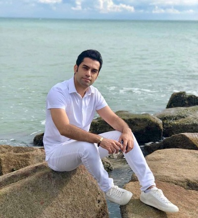 Behnam Farnia Biography